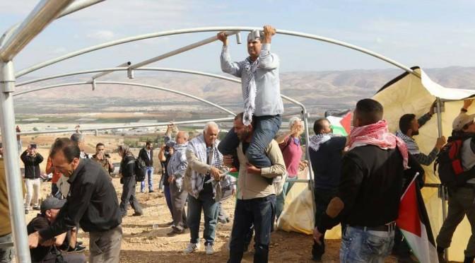 Vallée du Jourdain : Édification du village «Yasser Arafat»