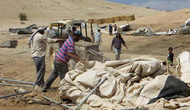 LE 27 SEPTEMBRE: L' ARMÉE ISRAÉLIENNE A DETRUIT TROIS MAISONS A KHIRBET AL HAMMA