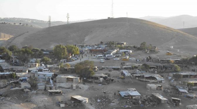 Israël déploie l'armée à Khan Al-Ahmar
